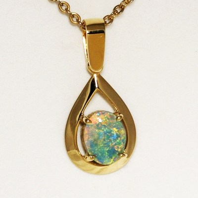 18k Yellow Gold Pendant with a SOLID SEMI BLACK OPAL Sparkling orange and green in a 3D pattern